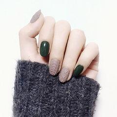 圆形墨绿色裸色毛衣纹磨砂跳色墨绿色美甲美甲图片