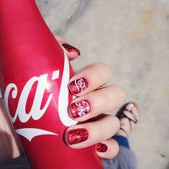方圆形红色可乐夏天可乐美甲美甲图片