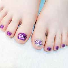 脚部紫色银色手绘夏天可乐美甲图片