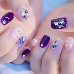 方圆形裸色紫色贝壳片美甲图片