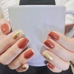 方圆形焦糖色金箔纯色美甲图片