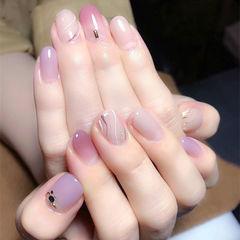 圆形粉色紫色裸色手绘简约石纹美甲图片