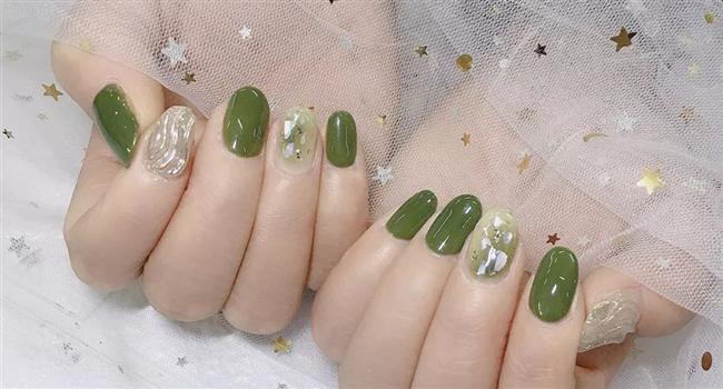 牛油果绿,最清新的美甲色!