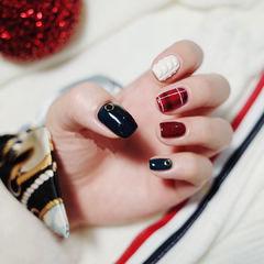 方圆形红色黑色白色格纹毛衣纹美甲图片