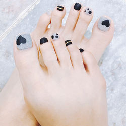脚部黑色灰色手绘心形磨砂2018预热款跳色脚甲美甲图片