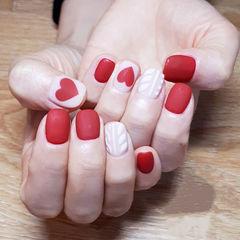 方圆形白色红色心形毛衣纹磨砂美甲图片