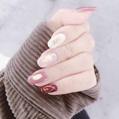 圆形粉色红色白色金箔心形跳色日式美甲图片
