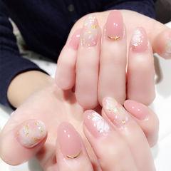 圆形粉色手绘花朵日式金箔优雅美甲图片