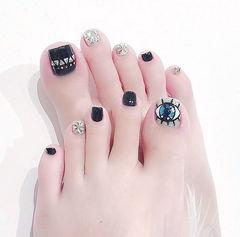 脚部黑色银色钻手绘亮片眼睛韩式韩系脚甲美甲图片
