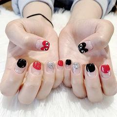 方圆形红色黑色银色心形法式手绘眼睛美甲图片
