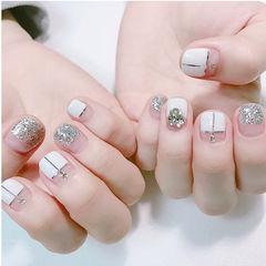 方圆形白色银色金银线钻平法式短指甲美甲图片