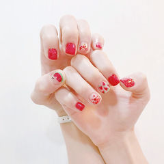 方圆形红色亮片夏天水果西瓜短指甲美甲图片
