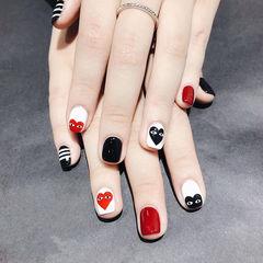 方圆形红色黑色白色手绘心形眼睛美甲图片