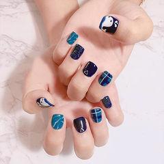 方圆形蓝色手绘可爱夏天晕染鲸鱼短指甲美甲图片