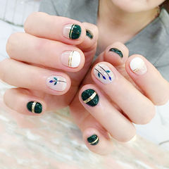 圆形绿色白色金银线手绘夏天树叶平法式短指甲美甲图片
