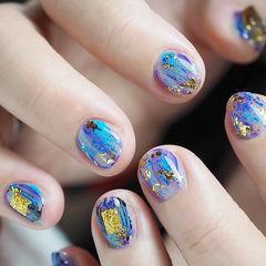 圆形蓝色紫色晕染金箔短指甲美甲图片