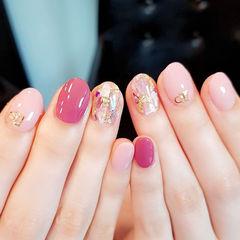圆形粉色玫红色贝壳片金箔美甲图片