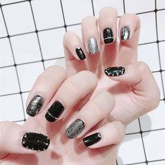 方圆形黑色银色金银线韩式美甲图片