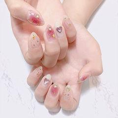 圆形粉色白色钻腮红甲星月日式美甲图片