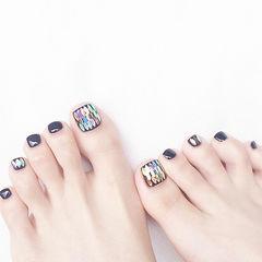 脚部黑色亮片韩式美甲图片