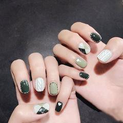 方圆形绿色白色手绘毛衣纹菱形美甲图片
