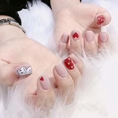 方圆形红色裸色手绘可爱心形波点卡通磨砂美甲图片