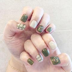 方圆形绿色裸色线条心形美甲图片