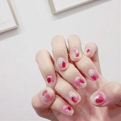 方圆形红色粉色蓝色晕染短指甲美甲图片