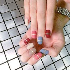 方圆形红色粉色蓝色白色裸色金银线磨砂跳色美甲图片