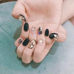 圆形黑色裸色钻金属饰品韩式美甲图片