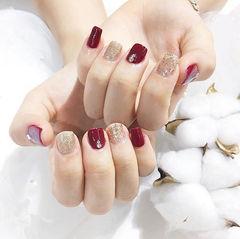 方圆形红色金色钻新娘短指甲美甲图片