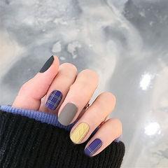 方圆形蓝色灰色格纹毛衣纹黄色美甲图片