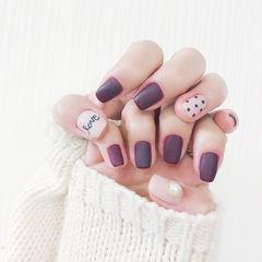 方圆形紫色波点白色珍珠磨砂美甲图片