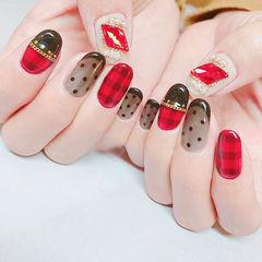 圆形红色黑色波点格纹钻平法式美甲图片