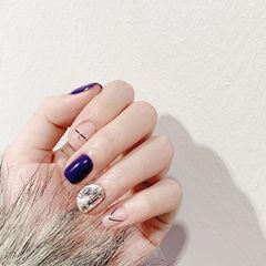 方圆形紫色裸色线条钻美甲图片