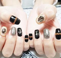 方圆形黑色银色钻金属饰品韩式美甲图片