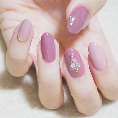 圆形紫色粉色珍珠圣诞简约美甲图片