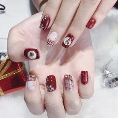 方圆形红色手绘毛呢平法式雪花圣诞美甲图片