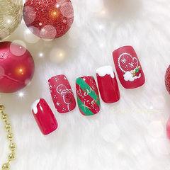 方形红色白色手绘圣诞美甲图片