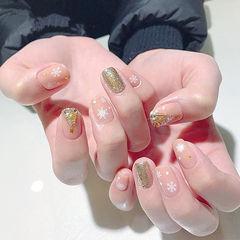 方圆形粉色金色钻圣诞雪花美甲图片