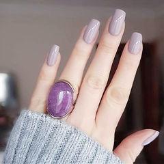 方圆形香芋紫色纯色简约上班族美甲图片