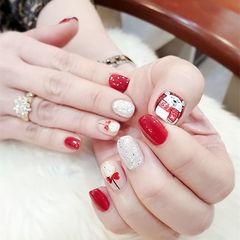 方圆形红色银色白色手绘可爱卡通圣诞美甲图片
