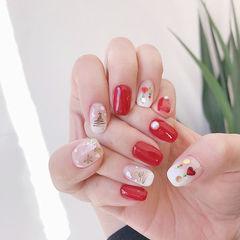 方圆形红色白色亮片圣诞美甲图片