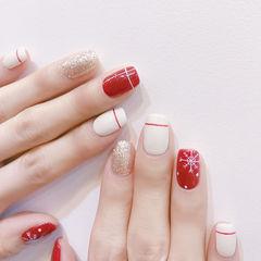 方圆形红色白色银色线条雪花美甲图片