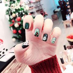 方圆形墨绿色钻雪花圣诞美甲图片
