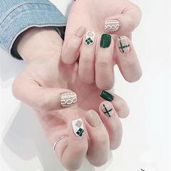 方圆形绿色裸色毛衣纹菱形美甲图片