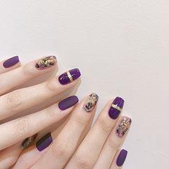 方圆形紫色金银线贝壳片金箔磨砂美甲图片