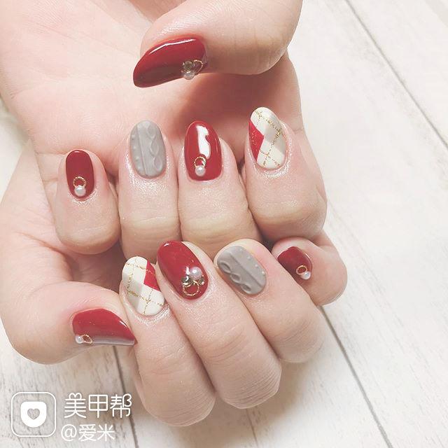 圆形红色灰色白色毛衣纹菱形美甲图片