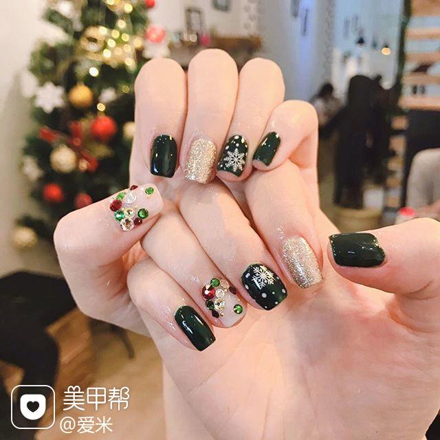 方圆形墨绿色银色雪花圣诞钻美甲图片