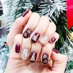 方圆形酒红色银色亮片珍珠圣诞美甲图片